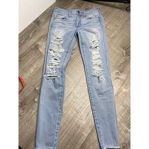 Distressed American eagle skinny jeans
